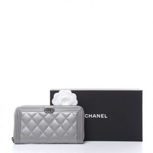 CHANEL Caviar Quilted Boy L-Gusset Zip Wallet